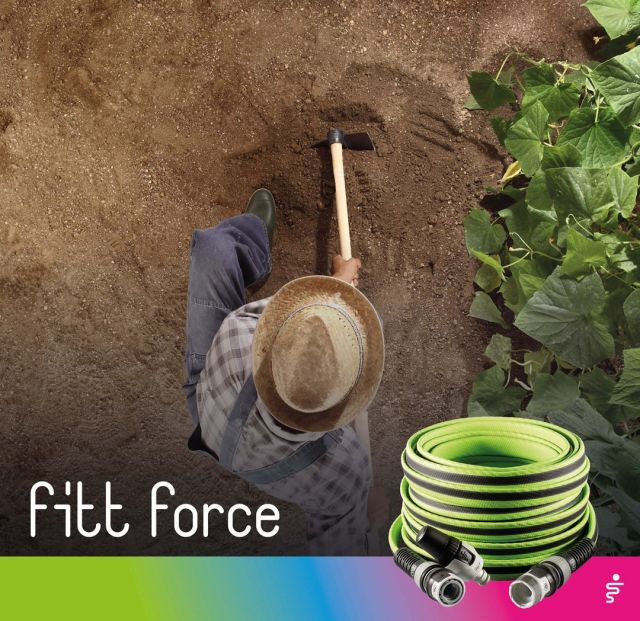 Special soil cultivation techniques: to ensure that your vegetable garden is clean and well watered with FITT Force during the summer months, dig dips close to the cultivated plants. 🌞🌱 This will provide better exposure to sunlight and limit weed growth.  #FITT #FITTGardeningIdeas #FITTForce #poweyourjob #gardeninglife #watering #citygardening #gardeningtips #gardeninglove #gardeningisfun #gardeningismytherapy #gardeningknowhow #gardeninggoals #gardeningmeakesmehappy #PlantParenthood #HouseplantClub