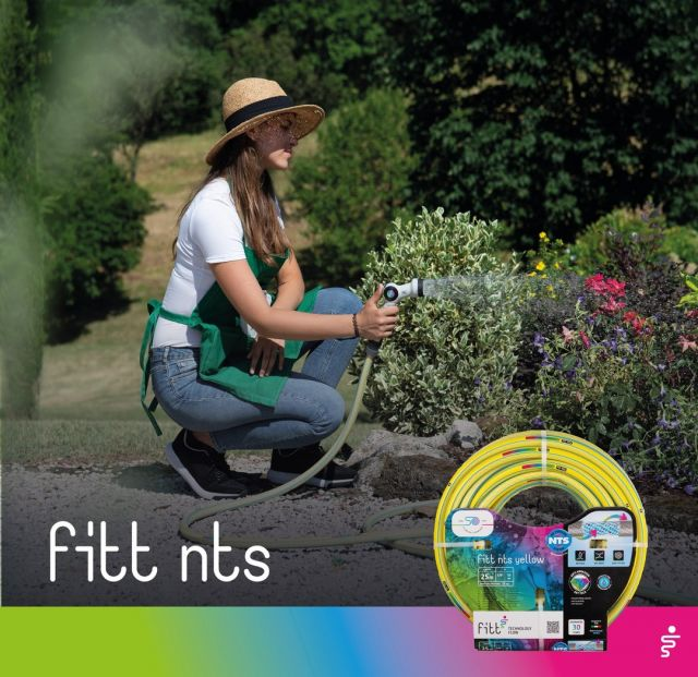 If you don't want interruptions when watering your garden, rely on FITT NTS. The NTS technology prevents the formation of knots and twists, ensuring a constant water flow.  #FITT #FITTGardeningIdeas #FITTNTS #gardeninglife #watering #gardeningtips #gardeninglife #gardeninglove #gardeningisfun #gardeningismytherapy #gardeningknowhow #gardeninggoals #gardeningmeakesmehappy