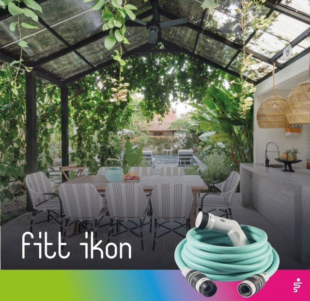 All set for tonight. Menu, table, lights ✅ And the plants? For them, there is FITT Ikon: light, easy to use and leaves no traces! 👉 https://bit.ly/3Bs8beG  #FITT #FITTGardeningIdeas #FITTIkon #FITTcoloryourlife  #FITTIkonextendablehose #coloryourpassion #extendablehose #watering #aquamarine #partyinspiration #justfriends