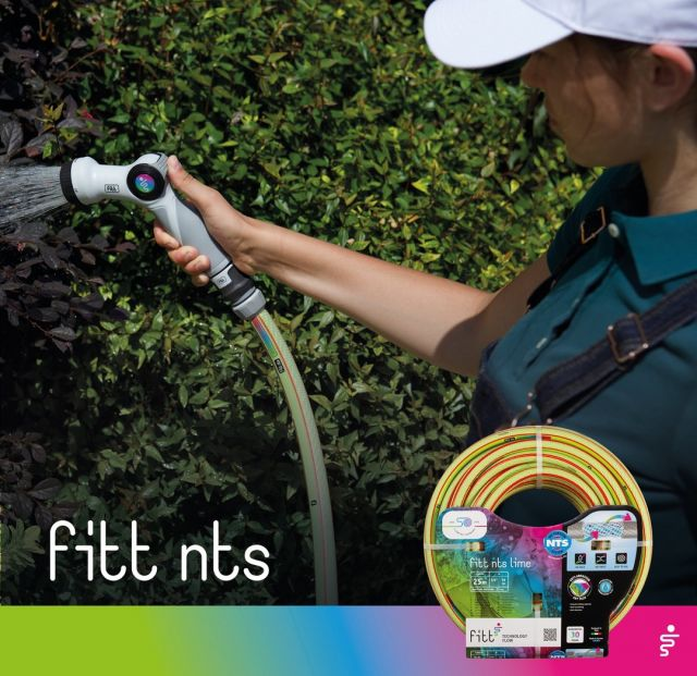 Wet hands while watering? No problem!  With its soft rubber surface, the FITT NTS spray gun is easy to handle even with wet hands.  👉 https://bit.ly/3oKOgm4  #FITT #FITTGardeningIdeas #FITTNTS #gardeninglife #watering #gardeningtips #gardeninglife #gardeninglove #gardeningisfun #gardeningismytherapy #gardeningknowhow #gardeninggoals #gardeningmeakesmehappy